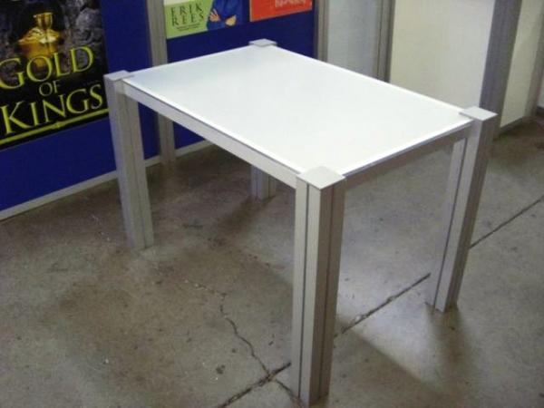 RE-1203 Rental Display / Conference Table -- Image 4