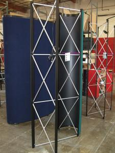 5 ft. and 8 ft Quadro S Pop Up Frames -- Straight and Curve -- Image 2