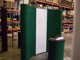 Quadro S Pop Up Displays